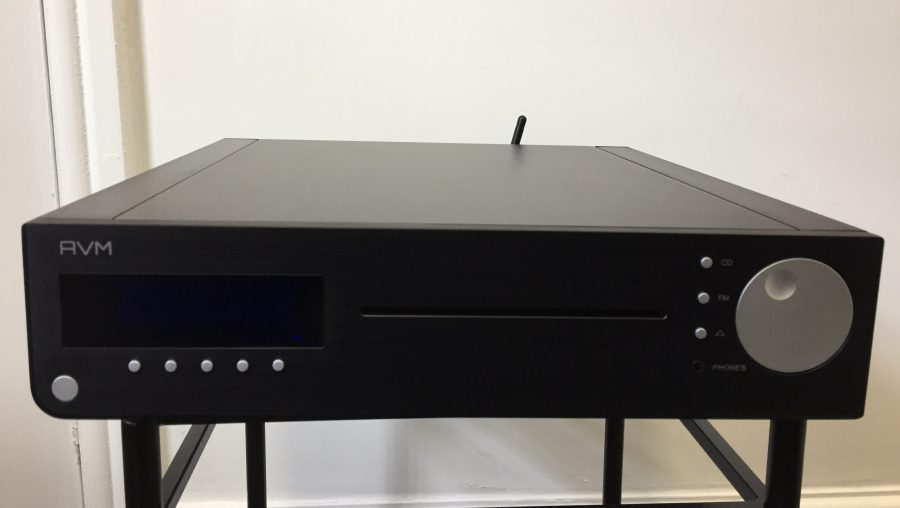 AVM CS2.2 CD player/streamer/tuner/amp