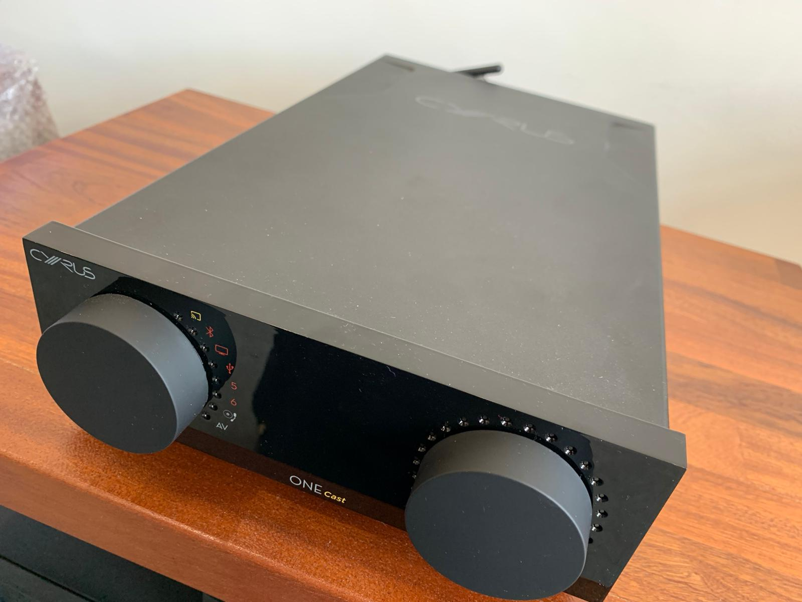 Cyrus One Cast Streaming integrated amplifier